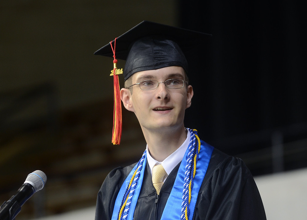 Description of . Penncrest High School commencement keynote speaker Thomas Potter thanks his parents at the beginning of his speech. (Times Staff / JULIA WILKINSON )
